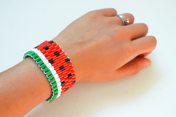 11-diy-hama pasteque beaded-bracelet