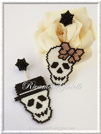 Mr. and Mrs. Skull_ sautoir halloween tete de mort bijou hama perles