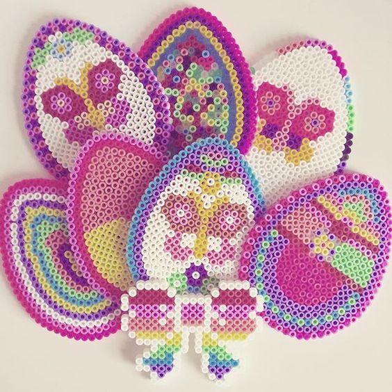 oeufs-paques-perles-hama-repasser-pattern