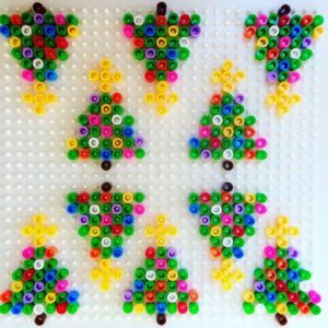 sapin-de-noel-perles-a-repasser-hama-mini